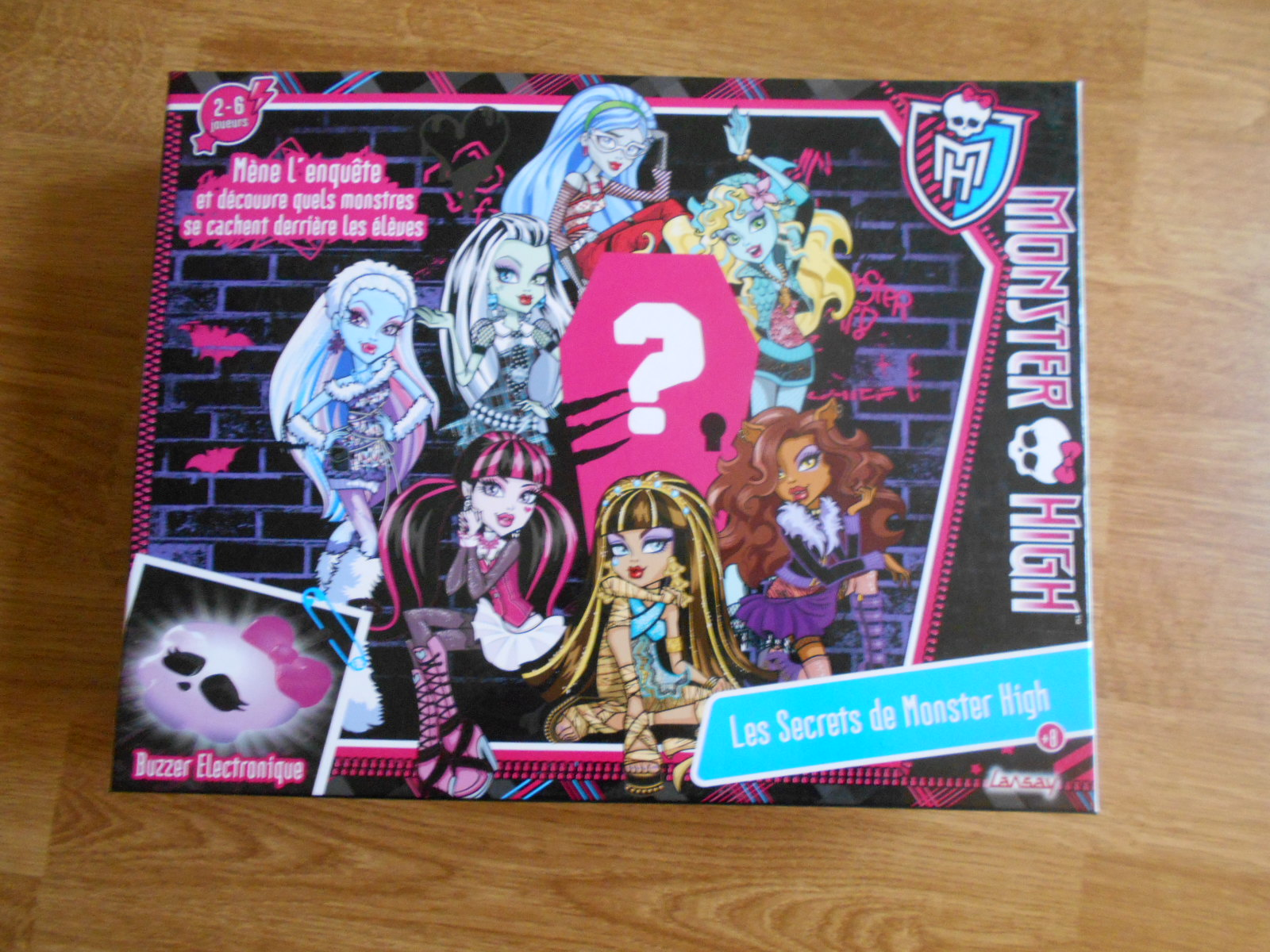 les secrets de monster high lansay baby 39 oles. Black Bedroom Furniture Sets. Home Design Ideas